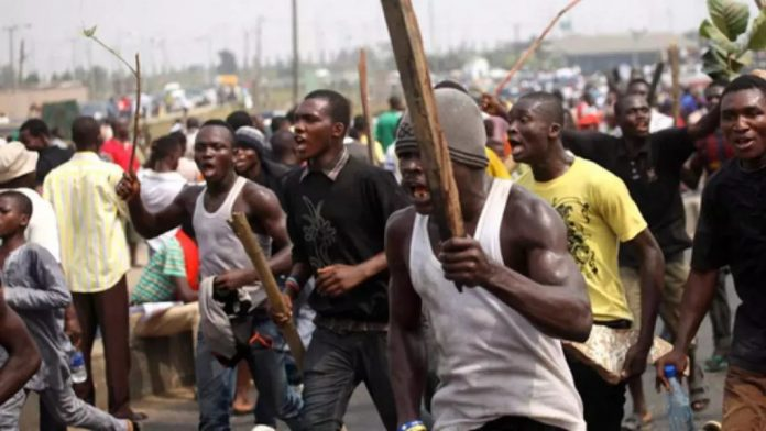 Anambra Youths Destroy 150 Houses Over Land Dispute