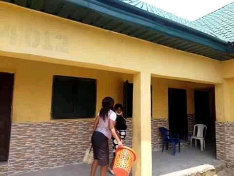 Teachers In Abia Clean Up Schools Before Resumption
