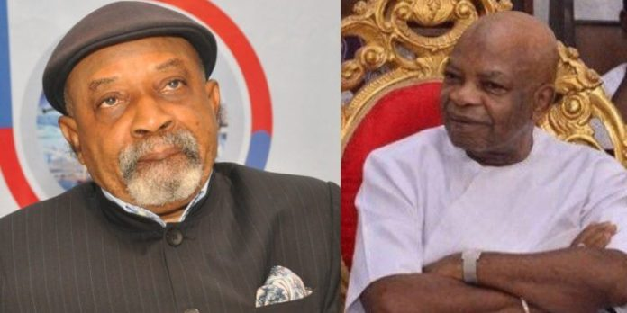 Eze -Ngige feud - Alor community protests Ngige's call to sack monarch (1)