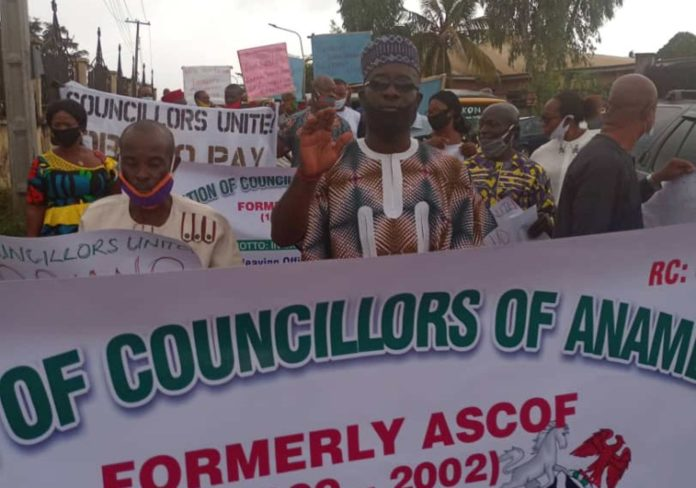 Former Anambra Councillors Take To Streets Over Unpaid Allowances