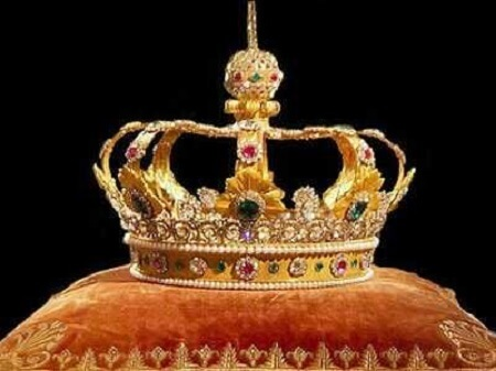 Anambra Community Battles Monarch Over Chieftaincy