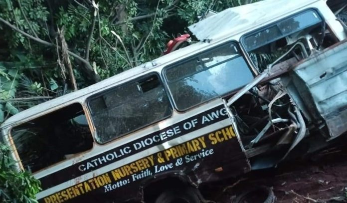 Truck Crashes Into A School Bus In Enugu, Many Pupils Dead