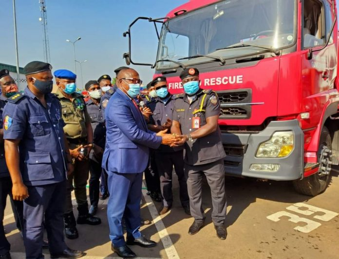 Enugu govt donates rapid response vehicles to state fire service