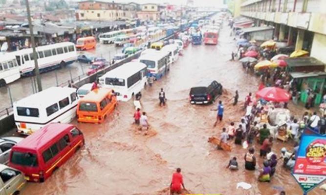 First Rain Wrecks Havoc In Owerri As Flood Sacks City