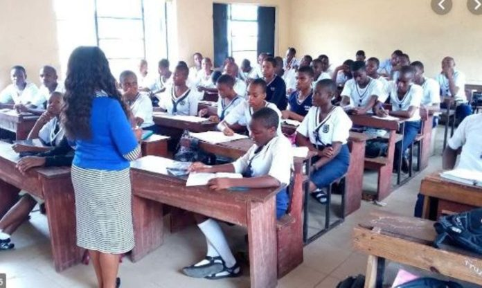 Anambra School Teachers Protest Resumption Without Students