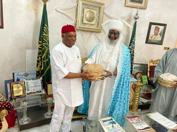 Emir Of Minna Hosts Kalu Calls Him 'A Bridge Builder'