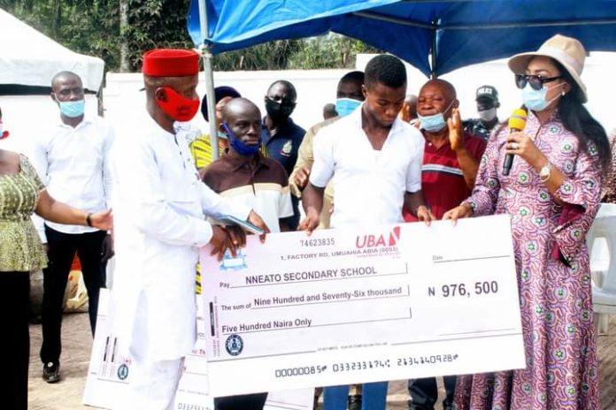 Onyejeocha Pays WAEC Fees Of All Public Schools In Constituency