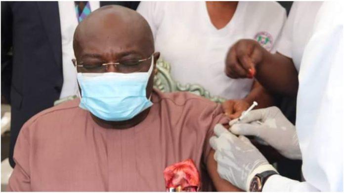 Governor Ikpeazu Receives His Jab Of COVID-19 Vaccine