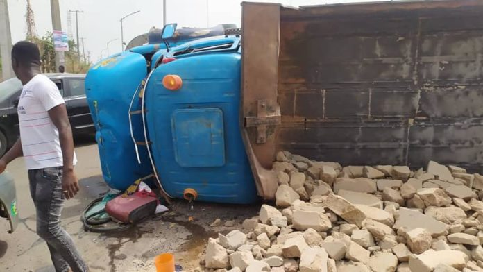Five Persons Escape Death From A Road Accident In Awka