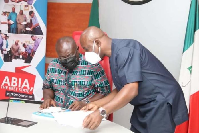 Ikpeazu Signs Abia Water Bill Into Law