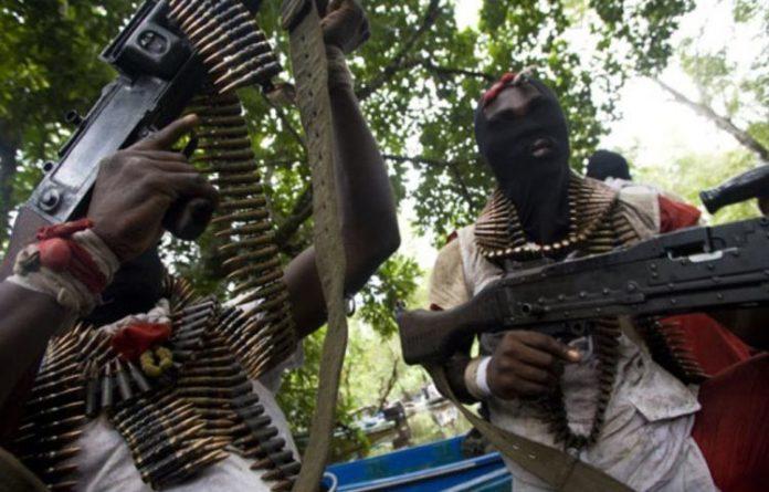 5 Shot Dead, Vigilante Office Burnt In Fresh Anambra Attack