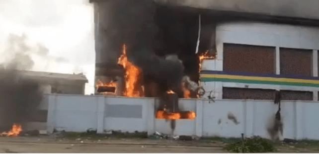 Gunmen Attack Enugu Police Division, Kill 5 Officers