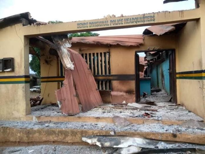 Hoodlums Burn Courts, Police Station In Imo