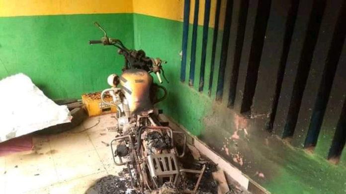 Tension In Umuahia As Unknown Gunmen Raze Police Station