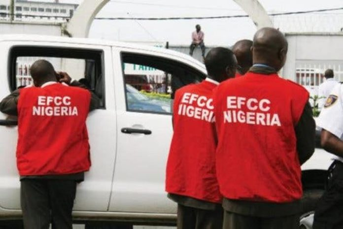 Another 14 Suspected Internet Fraudsters Busted In Enugu