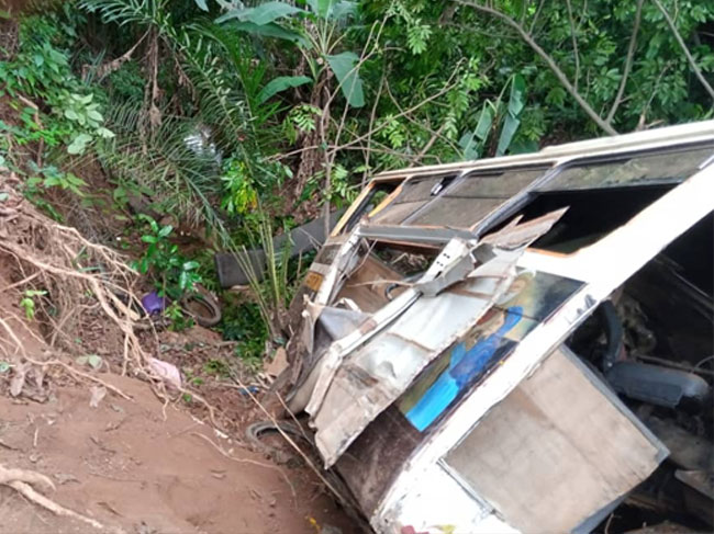 Bus Fully Loaded With Passengers Plunges Into Pit In Ebonyi