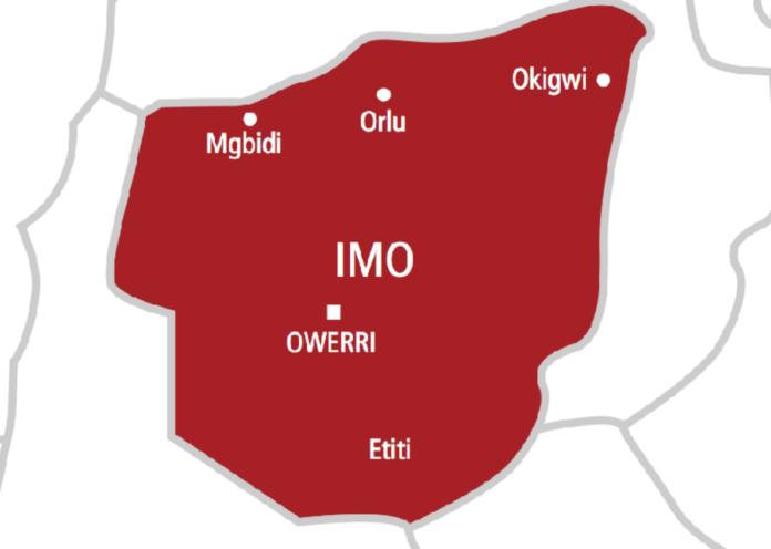 Unknown Gunmen Set Imo Monarch's Palace Ablaze